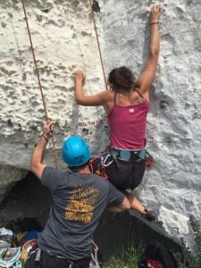 escalade-falaise-connelles-pousser-nest-pas-tricher-e1434023899906
